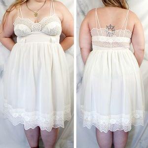 ✨VTG✨ 70s Lacey Boho Summer Dress